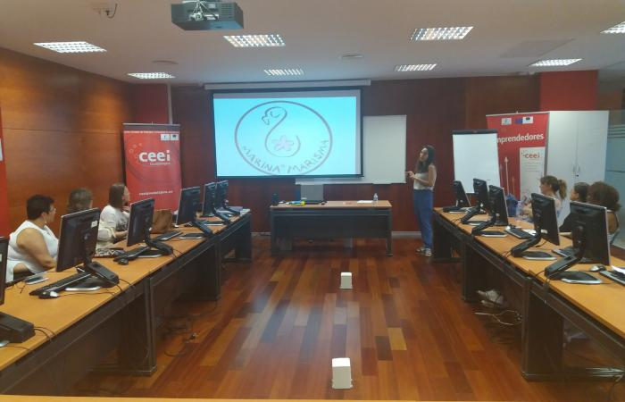 Alumnos del curso de actividades de venta organizado por CEOE-CEPYME Guadalajara, visitan el CEEI alcarreño