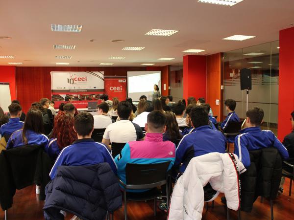 200 alumnos reciben formación en emprendimiento e innovación de la mano del CEEI de Guadalajara en el mes de febrero