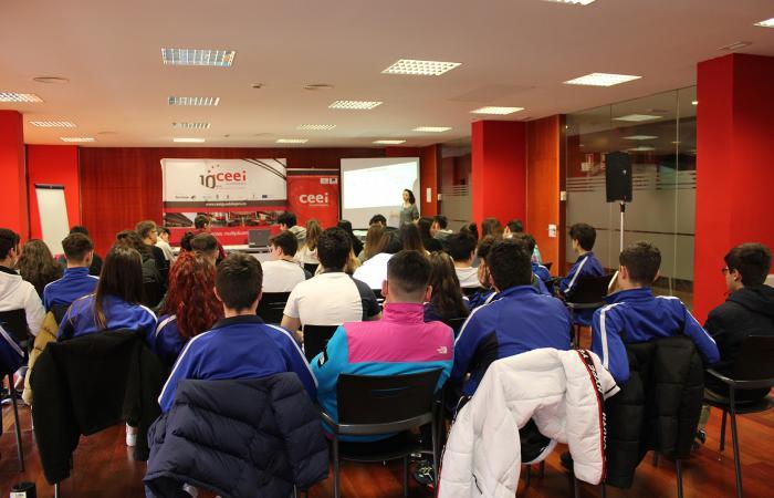 200 alumnos reciben formación en emprendimiento e innovación de la mano del CEEI de Guadalajara en el mes de febrero¨