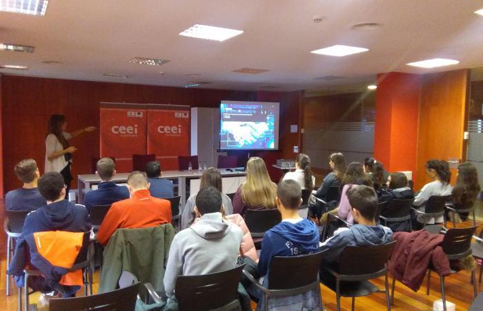 180 alumnos de educación secundaria se forman en materia de emprendimiento e innovación de la mano del CEEI de Guadalajara¨