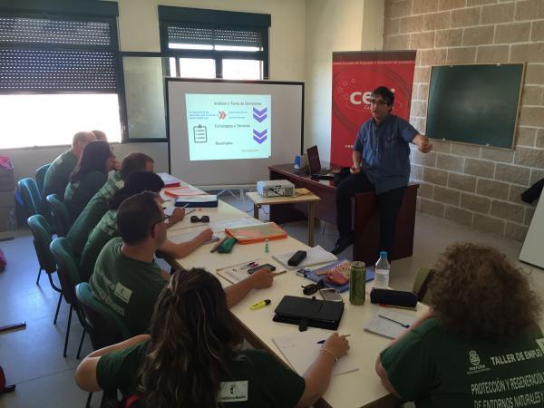 Finaliza el ciclo de jornadas de emprendimiento e innovaci�n del CEEI de Guadalajara y el Ayuntamiento de Horche