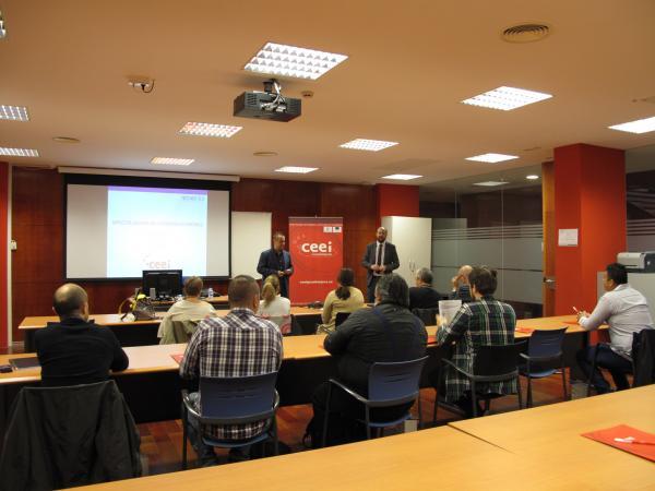 Empresarios de Guadalajara se informan sobre los aspectos legales del comercio electrónico